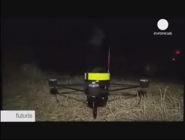 Ιπτάμενα ρομπότ βοηθούν τους πυροσβέστες στην κατάσβεση μιας πυρκαγιάς